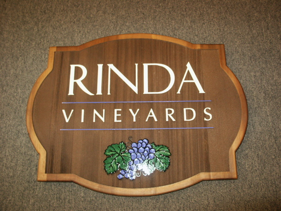 Sandblasted cedar with verticle grain 