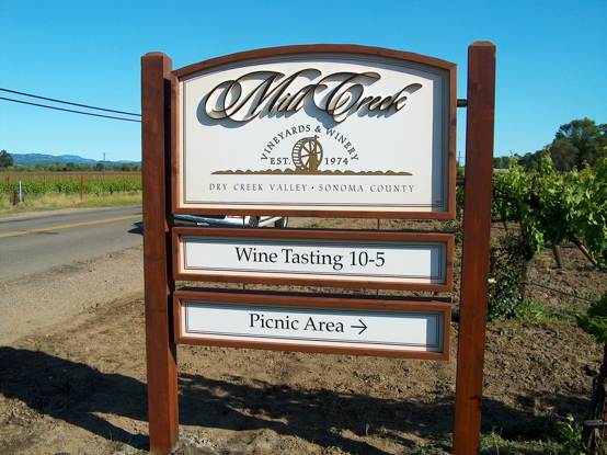 Healdsburg Signs Winery Signs
