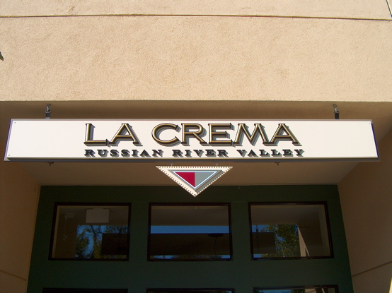 La Crema matted main sign with 23K gold 